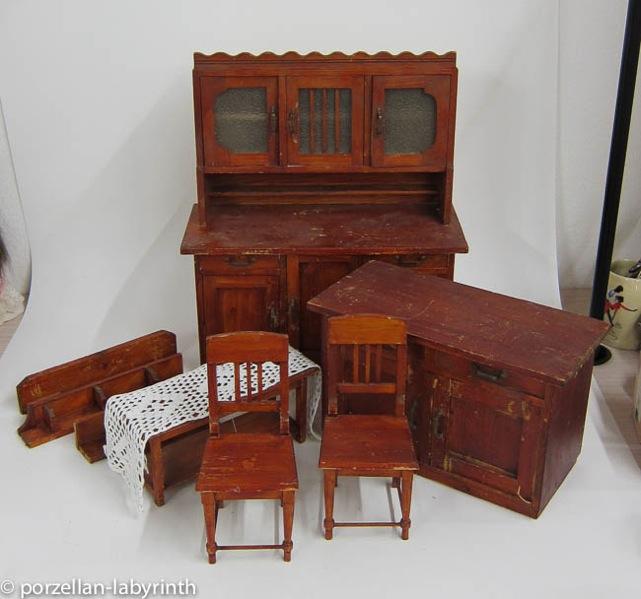 alte puppenm bel holz kinderm bel puppenstube. Black Bedroom Furniture Sets. Home Design Ideas